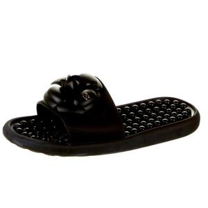FAMOUS CHANEL Camellia Pool Slides in Black Rubber